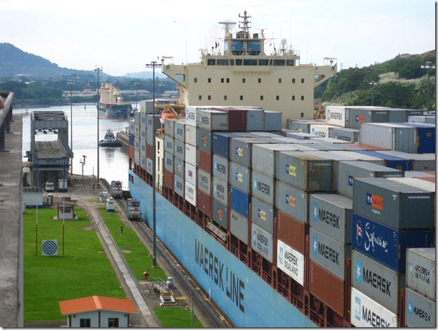 Maersk Danbury at the Miraflores Locks