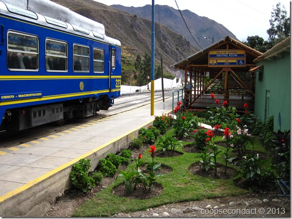 Ollantaytambo train station