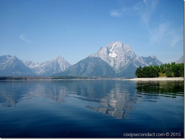 Boat cruise on Jackson Lake - Mount Moran